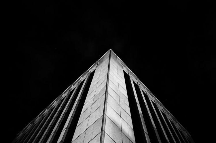 王子ホール 銀座 Modern Architecture Low Angle View Built Structure Building Exterior No People Outdoors