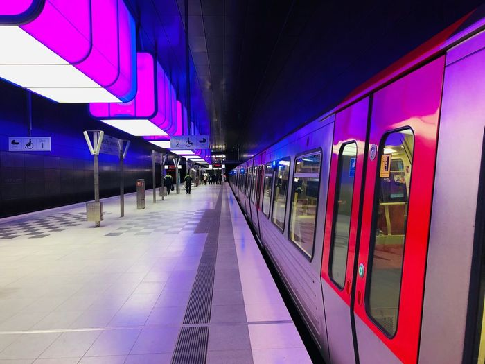 U-Bahn Station HafenCity U-Bahn Light And Shadow Hafencity Hamburg Transportation Rail Transportation Public Transportation Mode Of Transportation Architecture Railroad Station Platform Train Railroad Station Train - Vehicle Travel The Way Forward City Built Structure Incidental People Group Of People Building Exterior Outdoors Direction Illuminated Real People