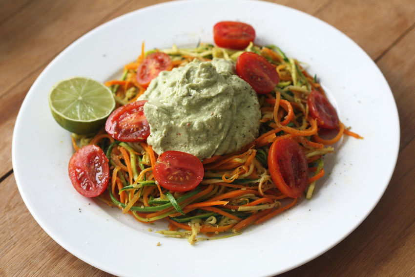 Spagetthi Tomato Avocado