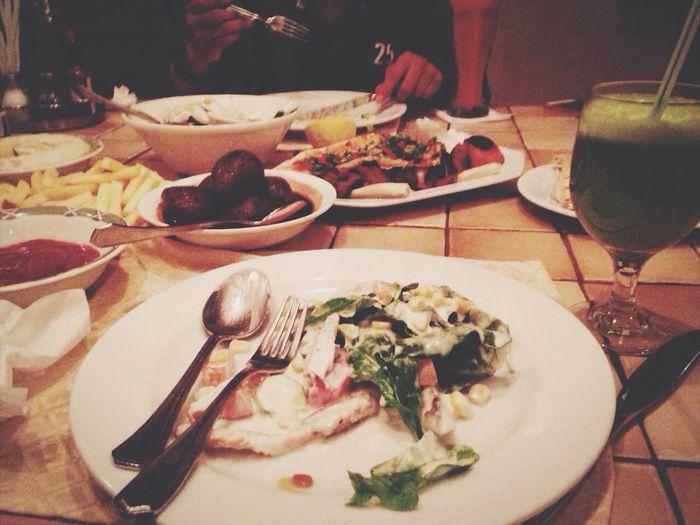 الرياض Lebanon Food