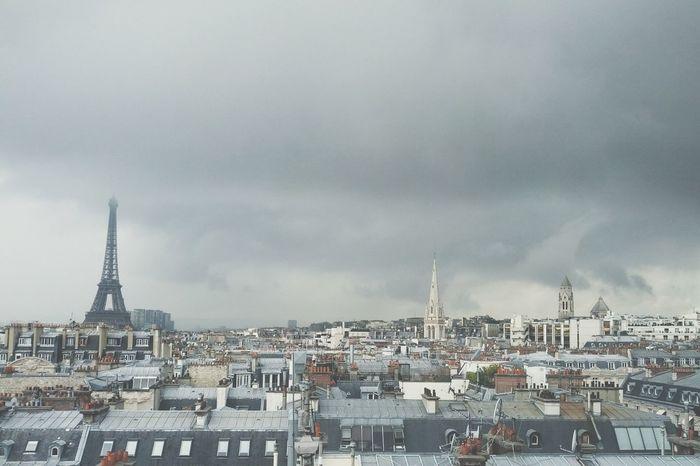 PARIS—AOÛT