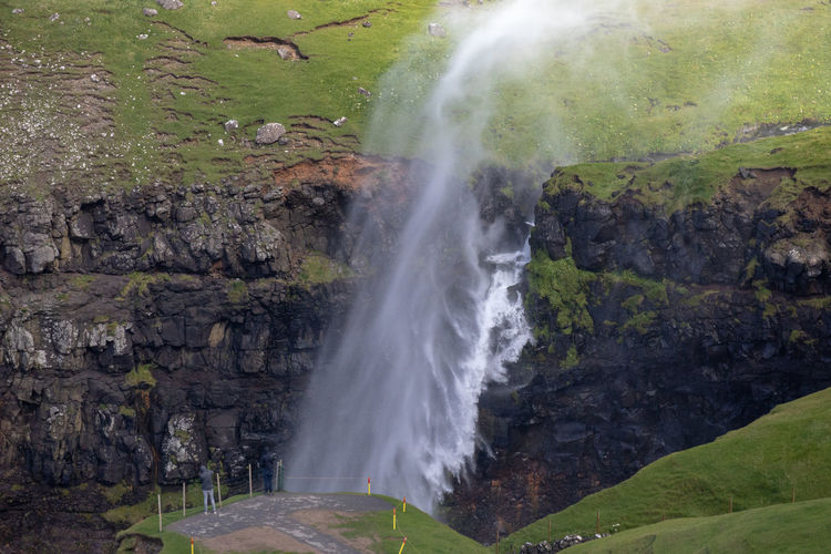 Tadaa Community Beauty In Nature Blurred Motion Day Environment Faroe Islands Flowing Flowing Water Land Long Exposure Motion Múlafossur Nature No People Non-urban Scene Outdoors Plant Power Power In Nature Rock Rock - Object Scenics - Nature Solid Water Waterfall