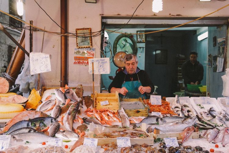 Small Business Retail  Apron Occupation Adult Food People Working Real People Freshness Day Palermo Sicily Market Stall Market Outdoors The Street Photographer The Street Photographer - 2017 EyeEm Awards