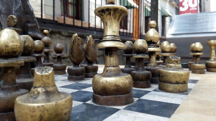 Art And Craft Benjamín Carrión CDMX ❤ Chess Chess Board Chess Piece Close-up Day Escultura En Honor A Benjamín Carrión Indoors  Knight - Chess Piece No People Plaza De La Santa Veracruz Sculpture Statue Zócalo D.F