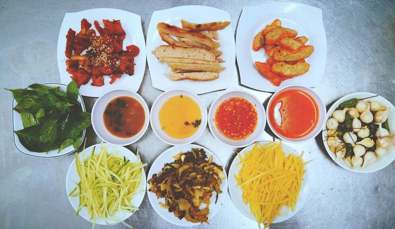 Yummy Food Food And Drink Vietnam Ready-to-eat Vietnamfoodstreet Vietnamese Food Vietnamfood Vietnamese