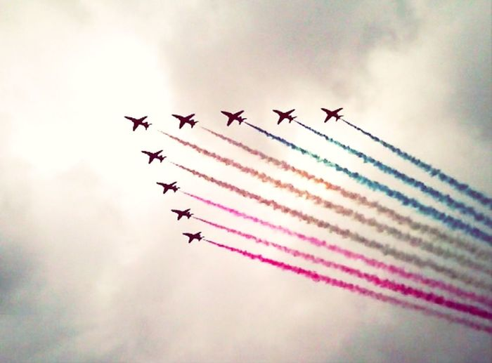 The red arrows at kings park Stirling Redarrows Raf Armedforcesday Stirling