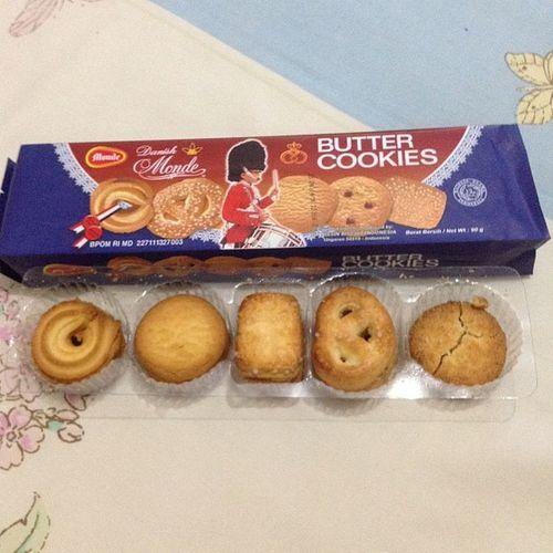 Monde Butter Cookies Wenak nyemil