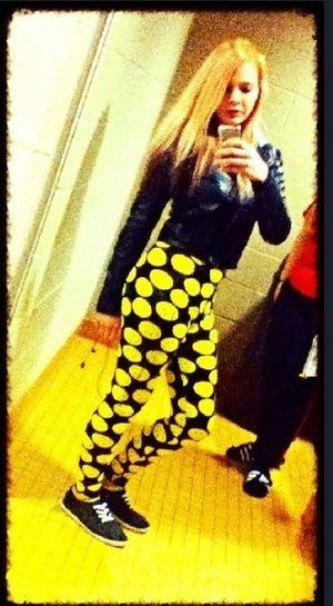 Kikme Single Bored Hmu#smileyface#leggins