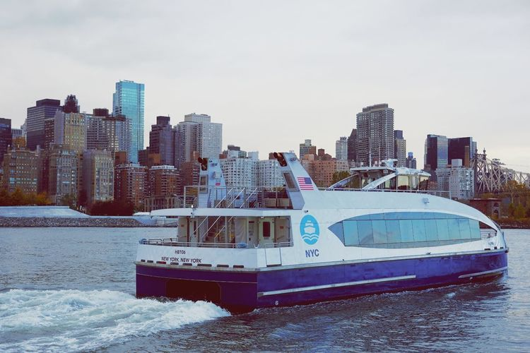 American Flag Queenborough Bridge 59th Street Bridge Roosevelt Island Ferry Boat Sunny Sunny Day River Riverside River View NYC NYC Photography Manhattan Long Island City EyeEm Selects