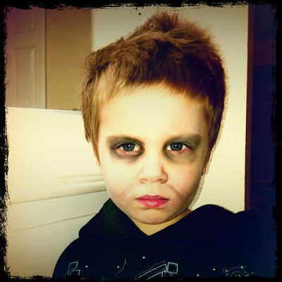 This is what happens when Spencer and daddy get a hold of mommies makeup.. Future tv star...Zombie Walkingdead Lovemyboys FamilyTime funny adorable kids scary scifi