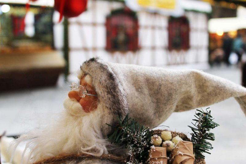 Little Claus Santa Claus SantaClausIsComing Christmastime Taking Photos Street Photography Christmas Market Loveit♥ Italy Verona Italy Eyemphotography Eyemgallery Winter Wonderland BabboNatale Christmas Ornaments