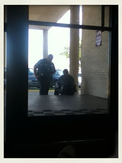 Lol this is what LG cops be doin. They #facebook bound lol talking bout some damn she fine. @fullofit_xx