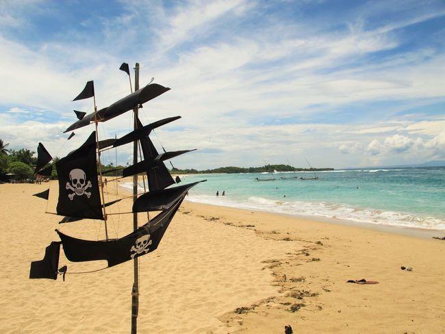 Paseando por Nusa Dua en Abril 2014. Bali Beach Blu Sky Blue Boat Coastline Holiday INDONESIA Nature Non-urban Scene Ocean Outdoors Pirate Sand Sea Ship Sky Vacations Water The Essence Of Summer