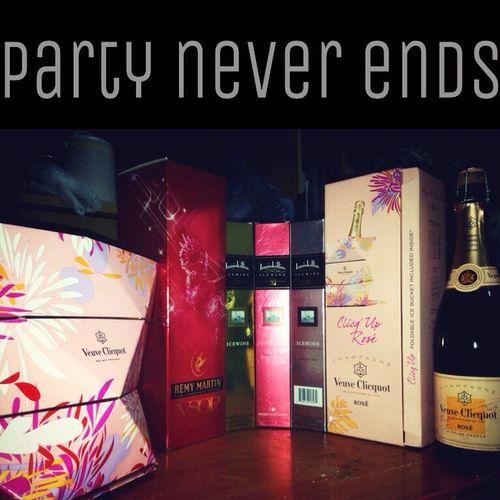 Random night NUIST Random Party Champagne