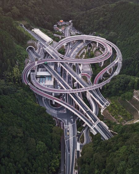 @itchban / itchban.com High Angle View Connection Transportation Outdoors Tree Bridge - Man Made Structure Road Architecture No People Day Nature Fresh on Market 2017 Perspectives On Nature Go Higher The Architect - 2018 EyeEm Awards
