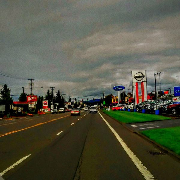 Welcome to the Quiet & Sleepy Town of McMinnville, Oregon . This is the Main Strip or Downtown you could even call it Uptown its a Bustling Busy Area of Town. Enjoying The View My Home Cloudy Morning Funnel Cloud Advisory is Still in Effect Yikes! But Seriously im not Scared . I hope you all have a Wondetful Day Hanging Out Break The Mold Art Is Everywhere TCPM EyeEmNewHere