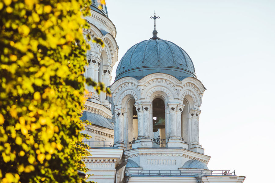 Architecture details and autumn leaves in Kaunas, Lithuania Church Nikon D750 Architecture Building Exterior Built Structure Day Details Dome No People Outdoors Place Of Worship Religion Sky Soboras Spirituality