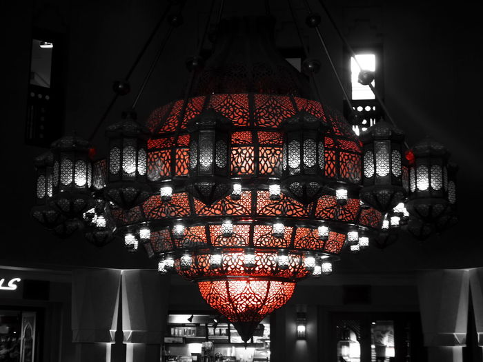 Beauty Built Structure Ceiling Chandalier Entrance Illuminated Low Angle View Man Made Beauty Manmadestructures Souq Al Bahar