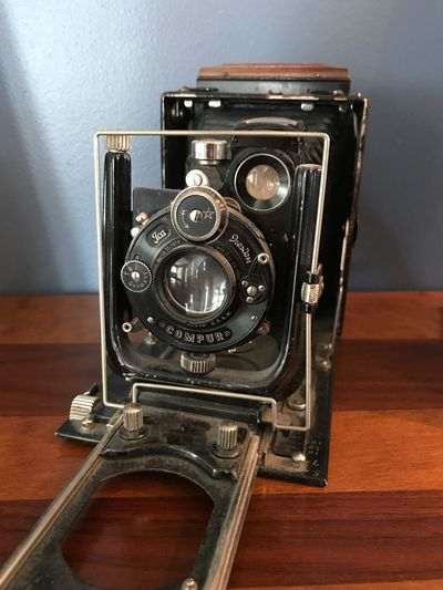Antique Camera Old-fashioned Retro Styled Camera - Photographic Equipment Photography Themes Antique Vintage