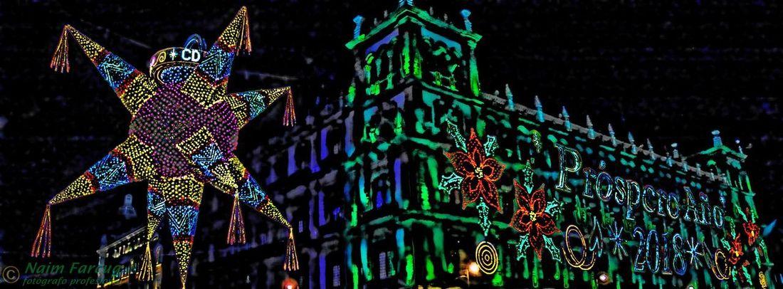 Feliz año nuevo 2018!!! Hello World EyeEm Best Edits EyeEmBestPics EyeEm Selects Eye4photography  EyeEmNewHere EyeEm Best Shots Centrohistorico Plaza De La Constitución Zócalo New Year Año Nuevo  Cdmx Ciudad De México Multi Colored Illuminated Night Low Angle View Outdoors Christmas Decoration
