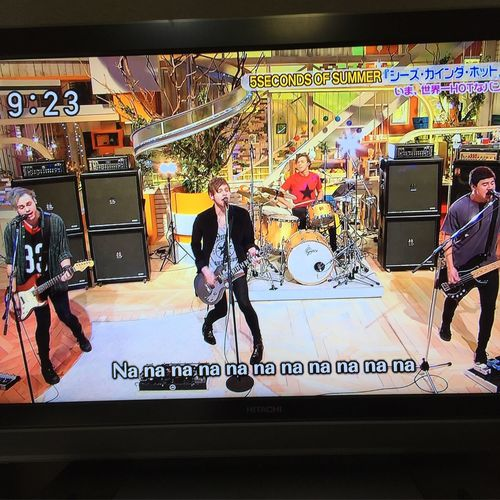 Japanese TV😄 5secondsofsummer 5secondsofsummerInJapan スッキリ!! Soundslivefeelslive Today (:  Japan 5SOS Soundsgoodfeelsgood