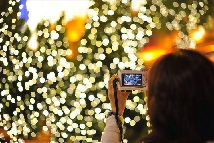 Streetphotography Streetart Street Nightphotography Christmas Tree