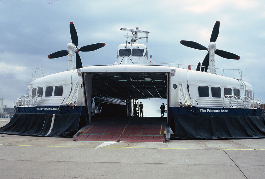 SR.N4 Hovercraft, Hoverspeed, Dover, England, 1997 BHC British Hovercraft Corporation Dover English Channel Harbour Hoverspeed Passenger Princess Anne Princess Margaret Saunders Roe Saunders-Roe Seaspeed Travel Air Cushioned Vehicle Cross Channel Cross Channel Ferry Crossing Day High Speed Hovercraft Port Sea Sea Crossing Skirt Transportation