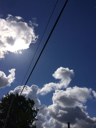 Nube luminosa Cable Low Angle View Sky Cloud - Sky