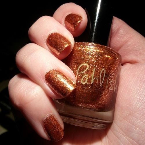 Blog sneak peek - @pahlish - Chalcopyrite - absolutely stunning :) Indiepolish Nailpolish Indiemusthaves Indie Nofilter Nailsofinstagram Indienailpolish Pahlish Pahlishpolish Supportindie Nails Notd Nagellack