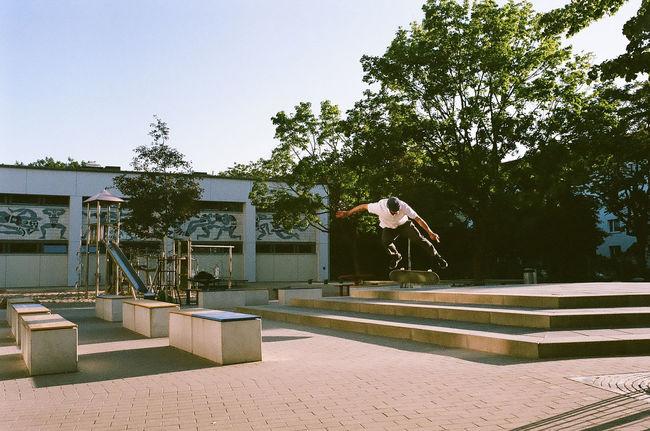 Vladik - bs flip 35mm 35mm Film Film Is Not Dead Skateboarding Film Photography Fujifilm Leica M6 Superia400