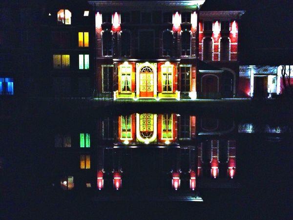 Reflection Building Streetphotography Lake