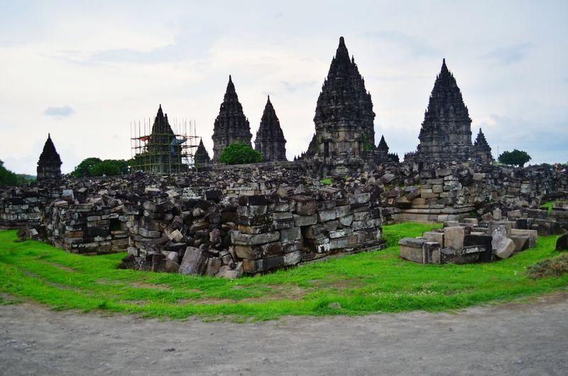 Ruins of the Parambanan temple Prambanan Prambanan Temple Temple Hinduism Jogjakarta Yogyakarta Jogja INDONESIA