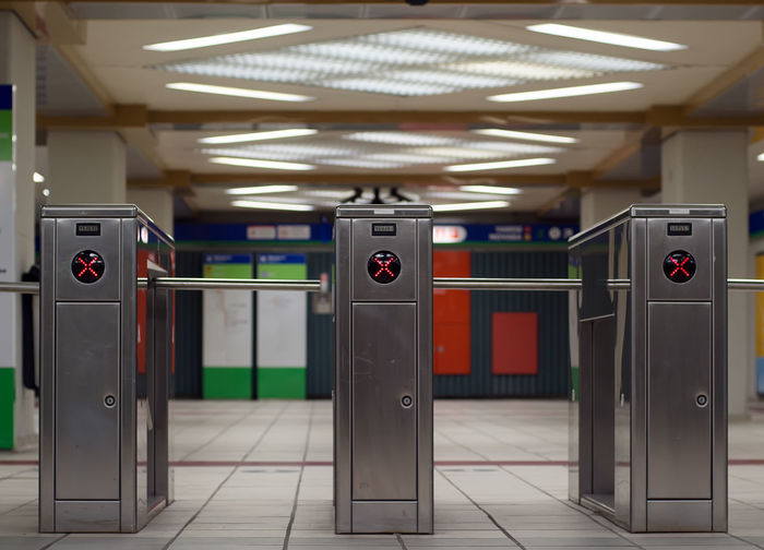 S5 S6 Alt Barrier Barriers ByPass Bypassing Train Entrance Gate Lock Metallic Structure Metro Station Milan Station No Entrance No Entry No People Security System Stop Subway Entrance Subway Station Subway Train Ticket Barriers Ticket Gate Travel Traveling Turnstile Turnstiles