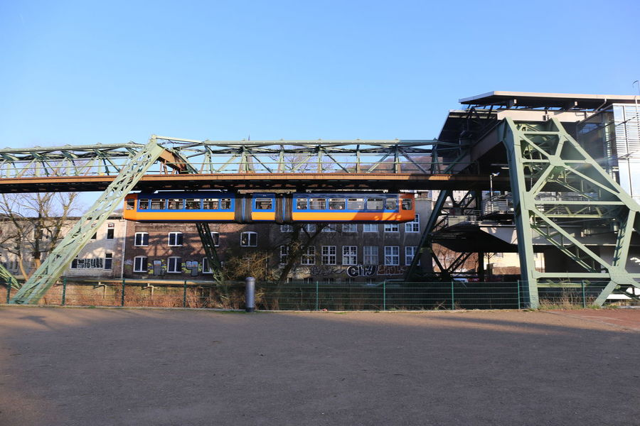 Schwebebahn Wuppertal Schwebebahn Wuppertal Schwebebahn In Wuppertal Schwebebahnbrücke Schwebebahnstation Schwebebahnstrecke Wuppertal Wuppertal 2016 Wuppertal Schwebebahn Wuppertal Elberfeld Wuppertal Floating Train Wuppertaler Schwebebahn Architecture Building Exterior Built Structure Day Outdoors Schwebebahn Schwebebahnwaggon Wuppertal In The Morning Wuppertal Suspension Railway