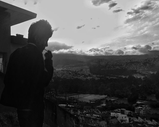 Smoke pure wind, exhale clean clouds... Only Men Smoke Let It Be Landscape Freedom Surpise Capture Black And White