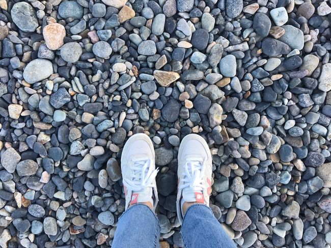 Gyungju Stones Sea Shoe Standing Jeans Day