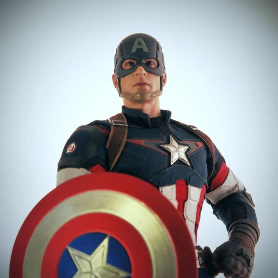 Check This Out Toyphotography Onesixthscale Hottoys Marvel Civilwar Captainamerica