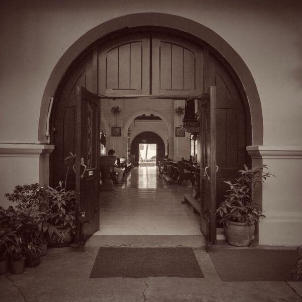 Santuario de San Antonio Arch The Way Forward Architecture Indoors  Built Structure Day No People