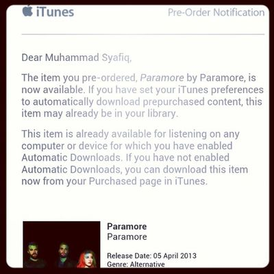 Ehem ehem..... Paramore Malaysia Hayley 2013 preorder itunes freakinghastag