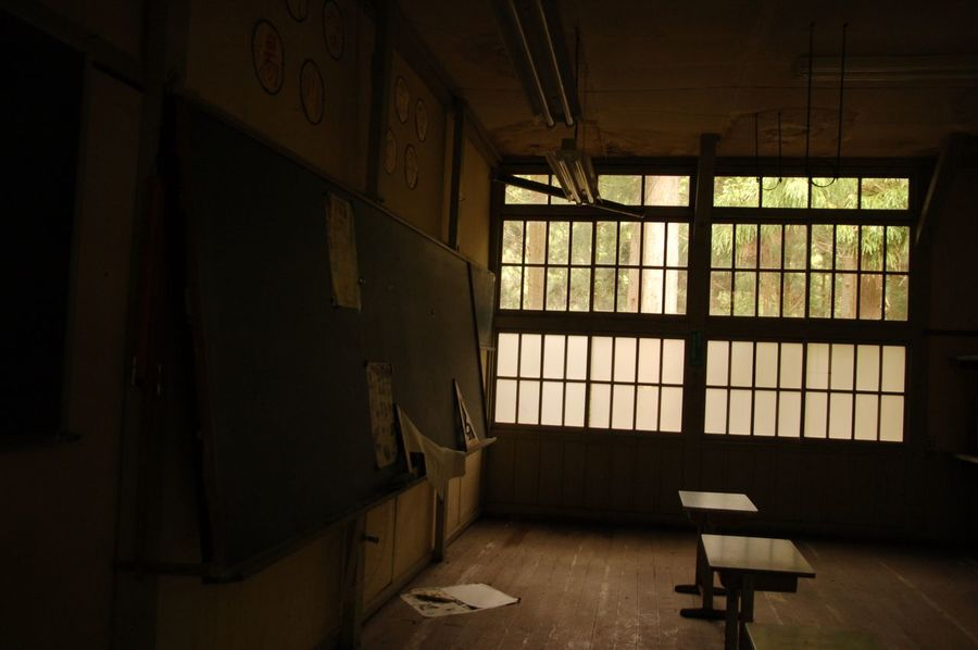 Ruins/school🏫 廃墟 窓 Abandon Ruins Japan Urbex Dark Window Abandoned Places