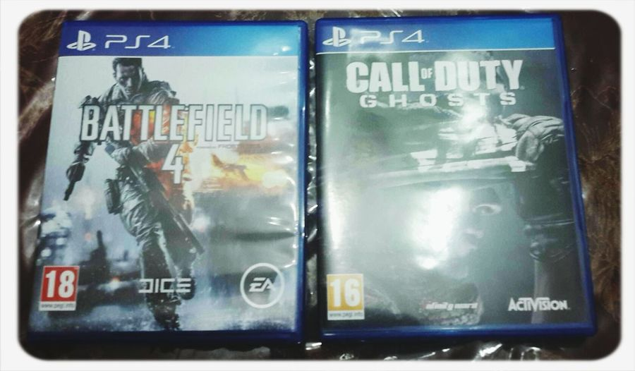 Playstation 4 Battlefield 4 Call Of Duty Ghost