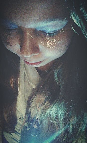 MyPhotography Light In The Darkness Enjoying Life Taking Photos Dreamer Light On My Face That's Me