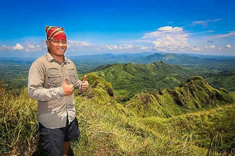 Me @ Mount Batulao, Nasugbu, Batangas, Philippines Jaysonbalbuenaphotography More Fun In The Philippines  Philippines Eyeem Philippines Global EyeEm Adventure - Philippines Moutaineering Dayhike Mtbatulao