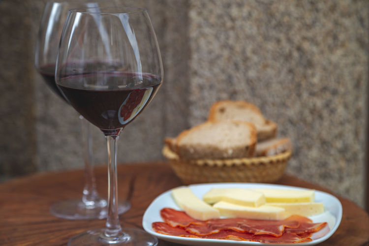 A little portrait of Spain! Food And Drink Drink Glass Food Freshness Table Wine Red Wine Wineglass Refreshment Alcohol Ready-to-eat Bread No People Meat Cheese Still Life Dairy Product Close-up Temptation SPAIN Moments Of Happiness