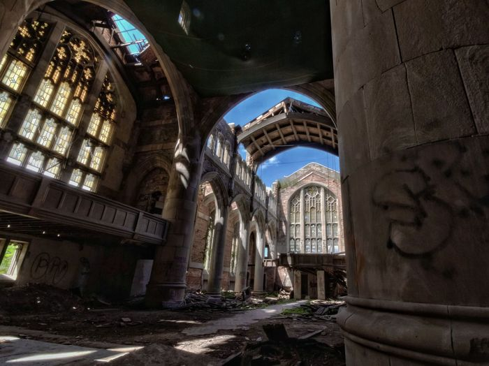 The Canon7d  version. Abandoned church, victim of industrial decline, Midwest America. Churchporn Churches Collection Urbexphotography Abandoned Places Eyeem Abandonment Urbex Urban Exploration Historical Building Forgotten Places  Architecture_collection EyeEm Best Shots Architecture Decay Abandoned Canon Hdr_Collection Fuzed_decay