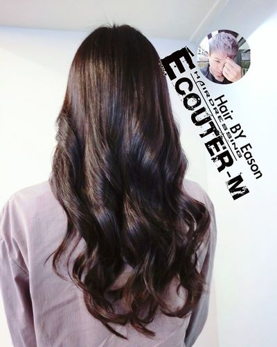 (#EasonHairstylists ) 捲髮讓頭髮看起來更鬆更舒服,夏季輕飄~~捲髮♡ 只用保養捲髮液一定可以輕鬆整理。 ✔一定要燙髮 COLOR ➡️ 有漂髮者不一定能燙髮 每天清洗一定方便➡️🆙🆙🆙⤵ #olaplex 強韌頭髮彈性 直接點 ↪ EasonHairstylists @EasonHairstylists @newkireifish @CLEartist ✔不用假貨OLAPLEX ✴乒乓髮裕,(回家用這罐就是) ✴增加飽濕度抗氧化瑪卡油+OLAPLEX(N3) 使用(交換使用) 👑瑪卡捲捲噴霧 👑乒乓護髮 ▶️洗髮精這裡買⤵ http://ecouterhair.com/online-shop/ ▶️需要教學購物這裡會教⤵ http://easonjen.pixnet.net/blog/post/198240480 線上直接預約LINE ID: EEASON 問價錢找她就對👉 0963599112 Olaplex #beauty #Beautiful #day #Eastern #gray #popular #Fondleadmiringly #popular #color #dye #hair #Bleachinghair #ecouter Taipi Handsome