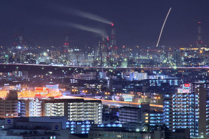 工場夜景と関空離陸と堺市街灯り Factory night view and Kanku take off and Sakai city street lighting Cityscape Night City Illuminated No People Sky Skyscraper Night Photography Capture The Moment Catch The Moment From My Point Of View Nightphotography Night Lights Take Off Nightview Night View Nightshot Night City Night Shot Light Trail Traffic Highway Transportation Sakai Japan EyeEmNewHere Miles Away The City Light Welcome To Black Long Goodbye The Great Outdoors - 2017 EyeEm Awards