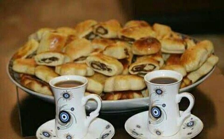 Coffee Espresso Dubai❤ Cold Outside ❄⛄  Mocha Food And Drink Coffee Cup Foodyholic Cold Temperature Cold Outside ❄⛄  Cold Winter ❄⛄ Food♡ Latte Sweet Pie Coffee - Drink Cold Drink Be Positive &always Smile😀💕 Day Baked Healthy Eating High Angle View One Person Indoors  Indoors  Human Hand