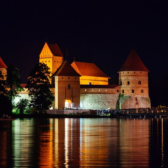 Trakai castle at night Trakai, Lithuania Trakai Island Castle Trakai Trakai Castle Red Brick Long Exposure Castle Lake Night Architecture Illuminated Built Structure Building Exterior Water Outdoors No People