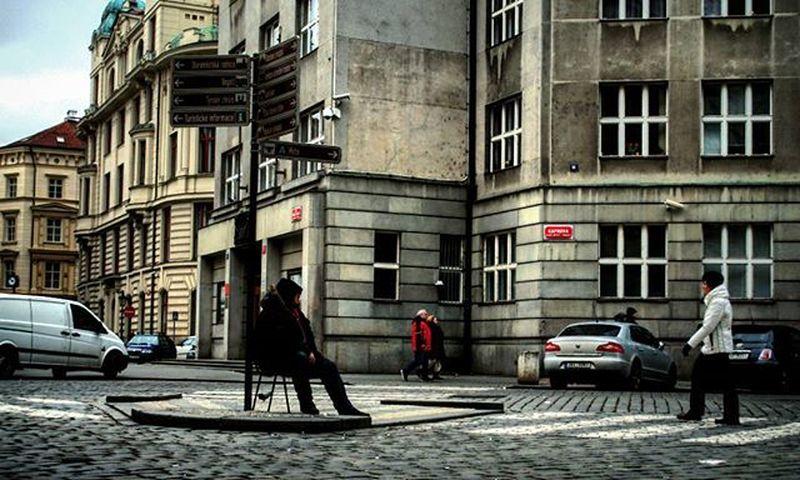 Eine Stunde in Prag/One Hour in Prague Prag Prague Sittingdown Sitting TakeASeat Streetphotography